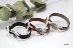 Vernada Design -nahkarannekoru, SIIPIEN SUOJASSA